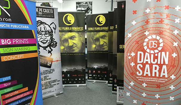 sisteme-expozitionale-roll-up