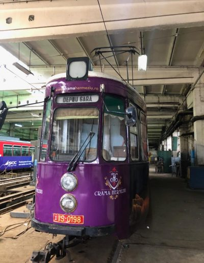 crama hermeziu autocolant tramvai