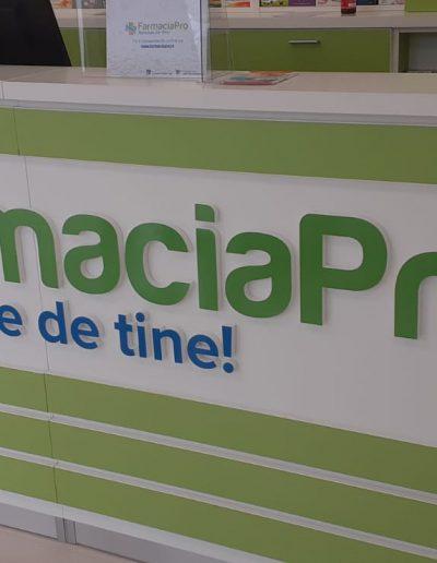litere interior Farmacia Pro