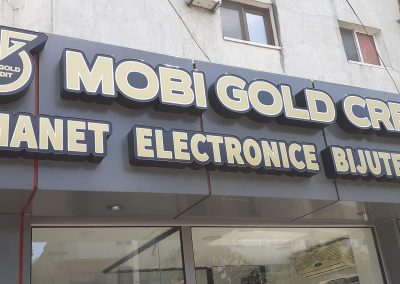 mobi gold litere volumetrice